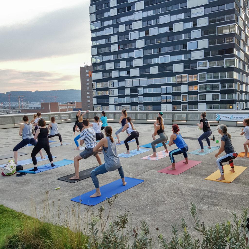 Veganes Yoga mit der Veganen Gesellschaft Schweiz