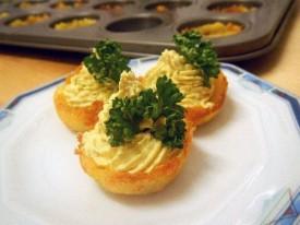 """Rezept 27. November: Kartoffelkörbchen mit """"Eigelb""""-Füllung"""