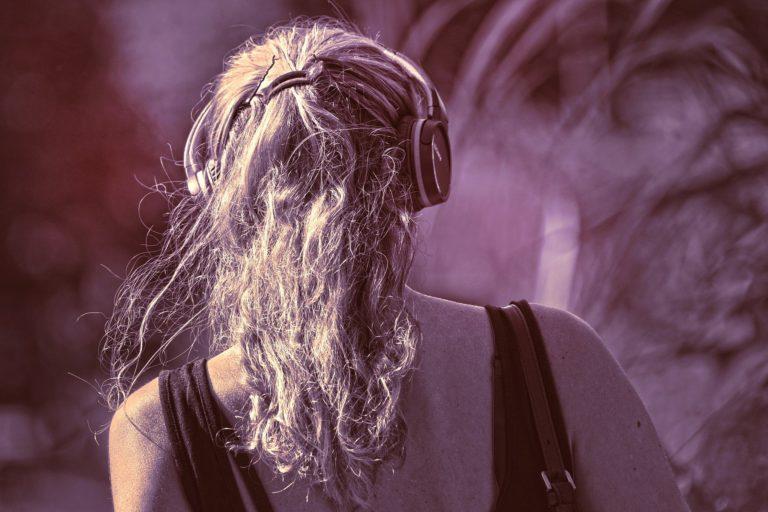 10 coole Podcasts zu veganen Themen